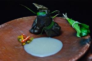 Piraña caribe pecho rojo en tres tiempos de cocción milenaria